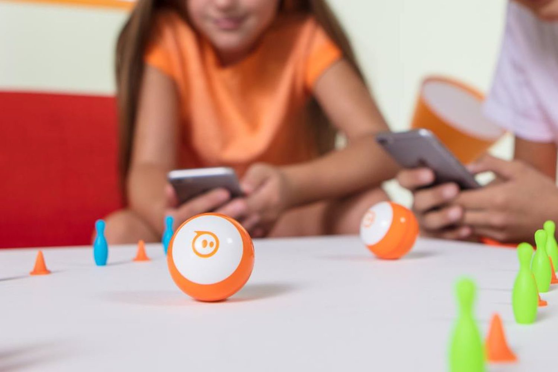 """Idées cadeaux Noël : 18 accessoires ludiques et d'apprentissage pour iPhone et iPad, ou les """"iJouets"""" 1"""