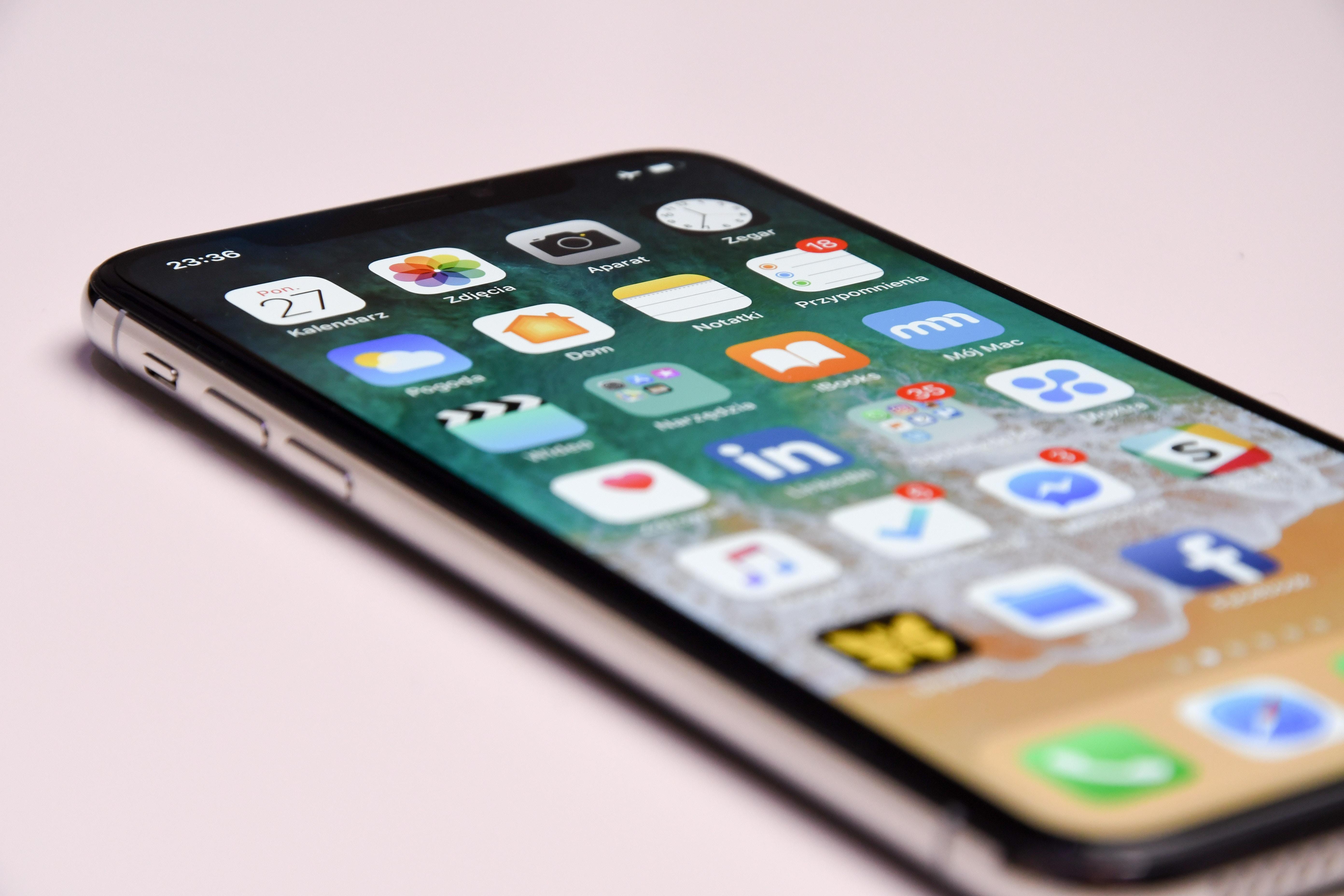 """L'écran LCD de l'iPhone X """"pas cher"""" semble poser des problèmes de production ... 1"""