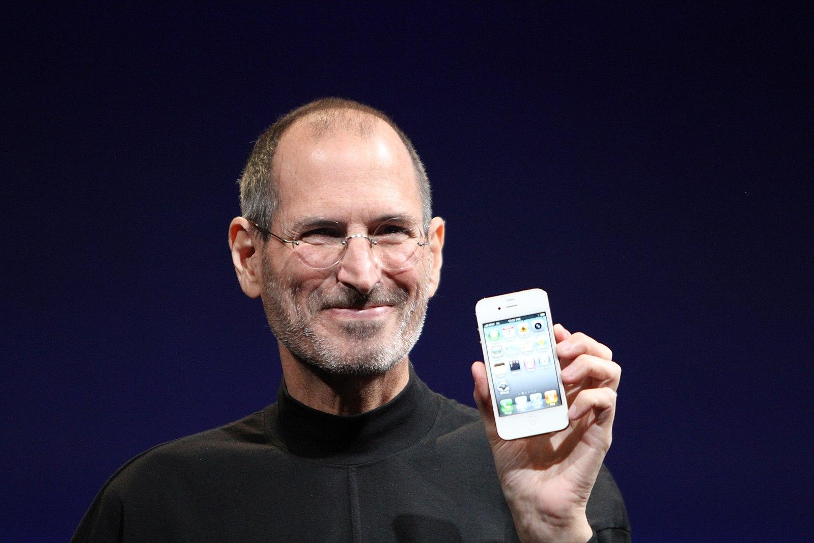 De rares photos de Steve Jobs en train de déjeuner avec Larry Page 1