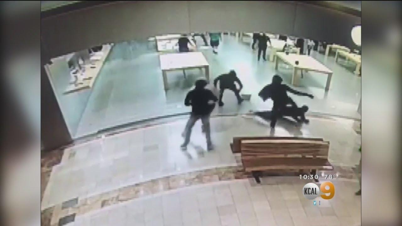 Accusé de vol à tort, un étudiant de 18 ans réclame 1 milliard de dollars à Apple 1