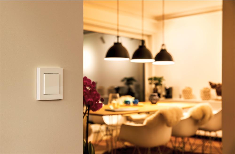 Trois nouveaux accessoires connectés Homekit chez Eve : bandeau lumineux, interrupteur et prise multiple 1