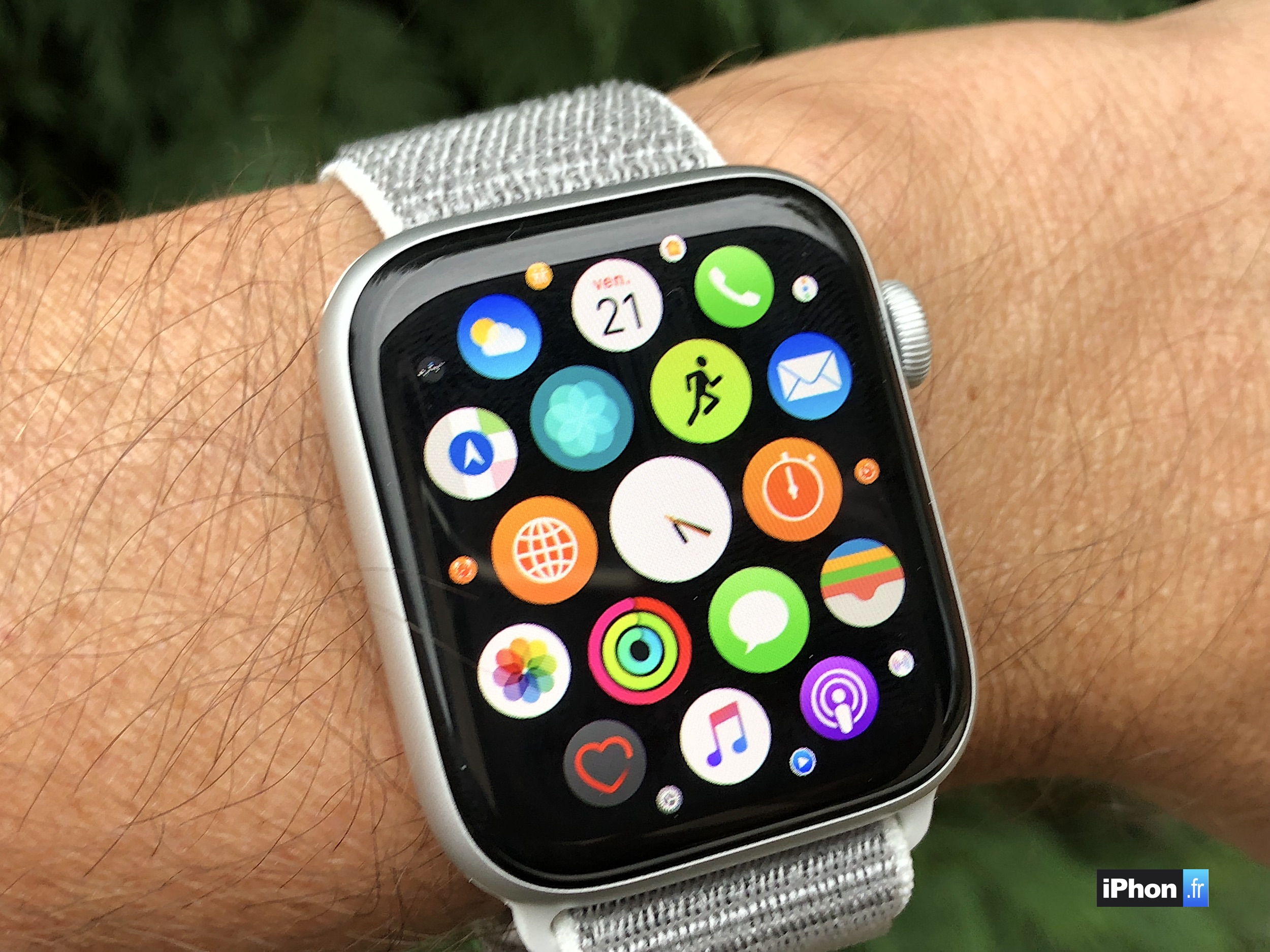 MàJ - Découvrez l'Apple Watch Séries 4 en photos et vidéo (aveec comparaison design précédent) 1