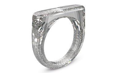 Bague faite uniquement de diamant et signée Jony Ive : chère mais pour la bonne cause 5