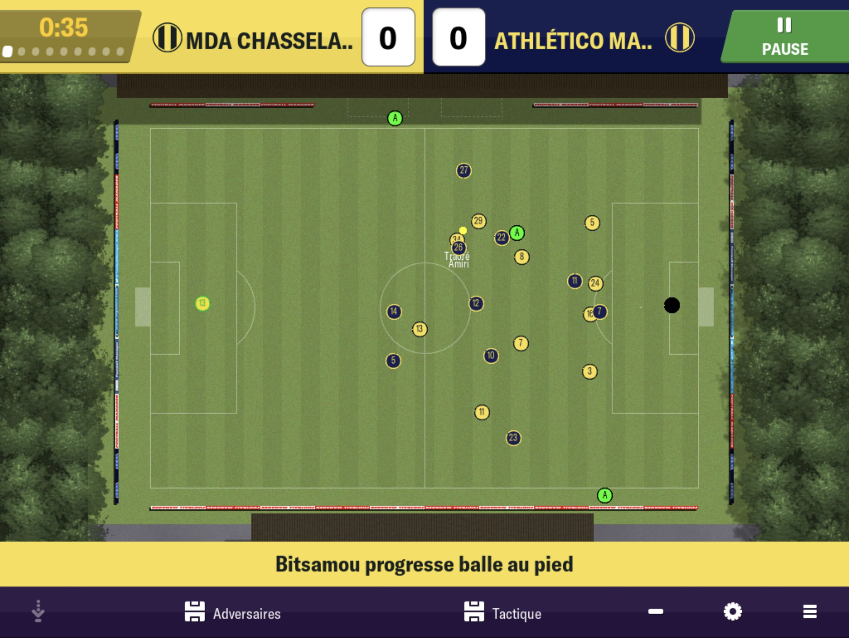 On a enfilé la tenue de l'entraineur : test de Football Manager 2019 sur iPhone, iPad 1
