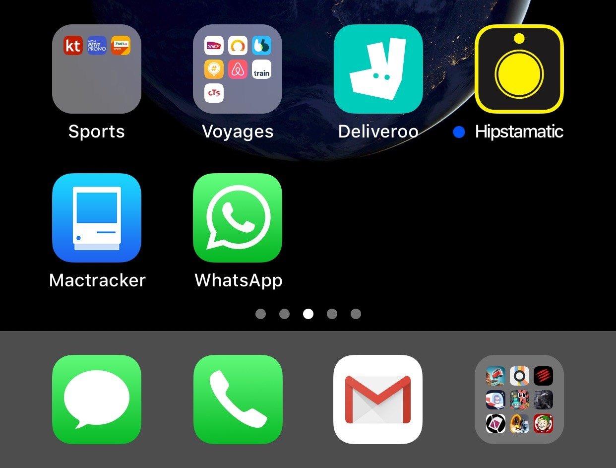 écran d'accueil iOS et dossier dans barre