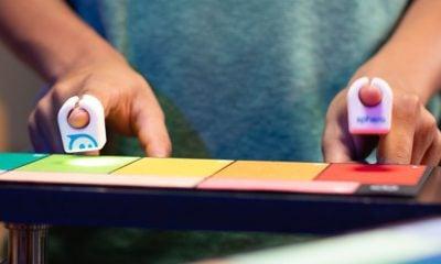 Transformez des pommes en piano, grâce à Specdrums, nouvel accessoire musical connecté de Sphero 4