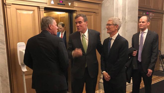 Lobbying très habile de Tim Cook pour ne pas s'exposer aux sanctions US contre la production chinoise 1