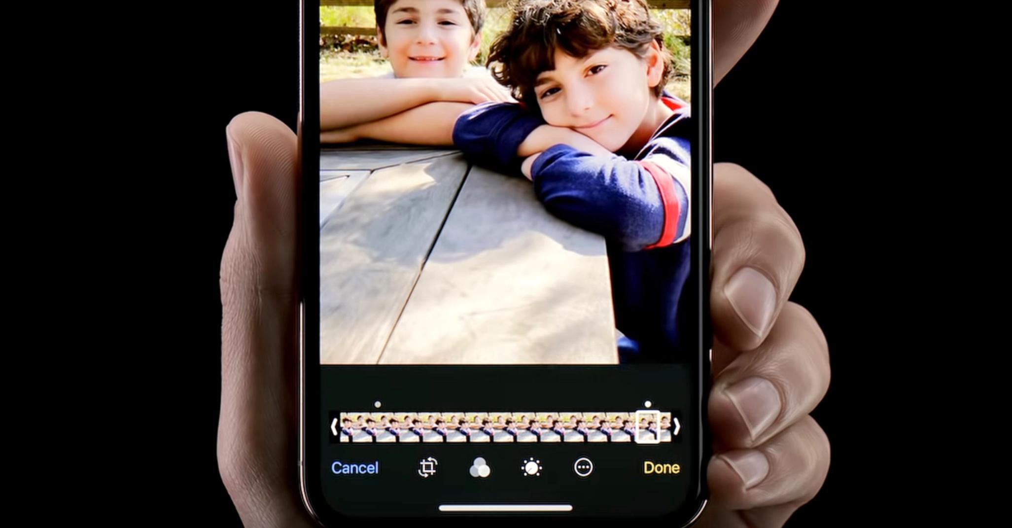 Face ID, résistance à l'eau, cliché parfait, etc. : les nouveaux spots iPhone d'Apple 1