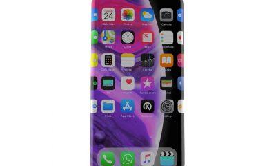Nouveau concept en vidéo : ni boutons physiques, ni encoche, ni bords pour un iPhone 12 surprenant ! 11