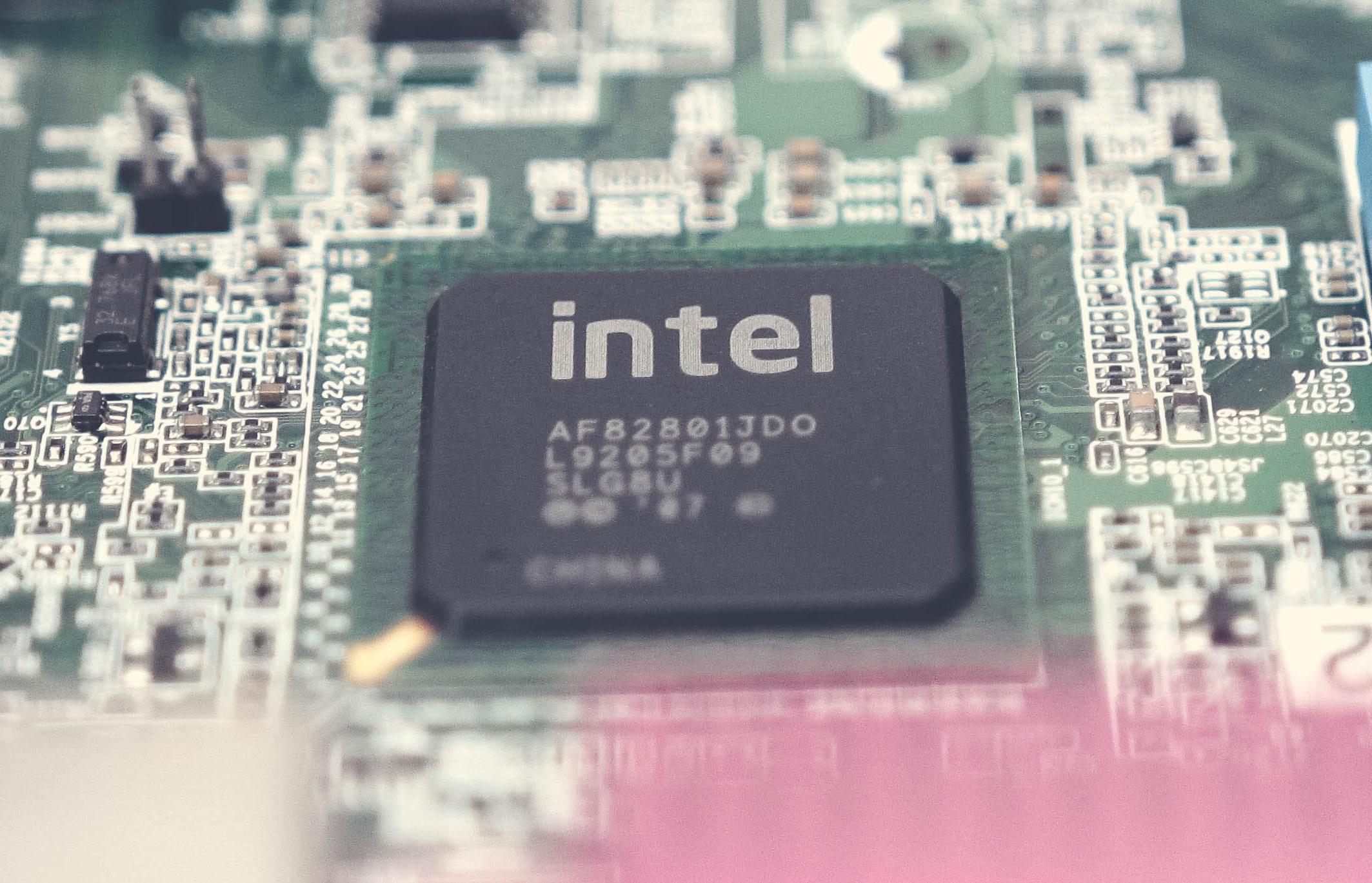 Avant l'accord surprise avec Qualcomm, Apple discutait avec Intel pour racheter son activité modem 5G 1
