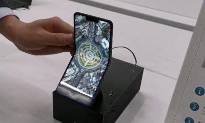Sharp dévoile sa version du smartphone pliable... avec clapet ! 11