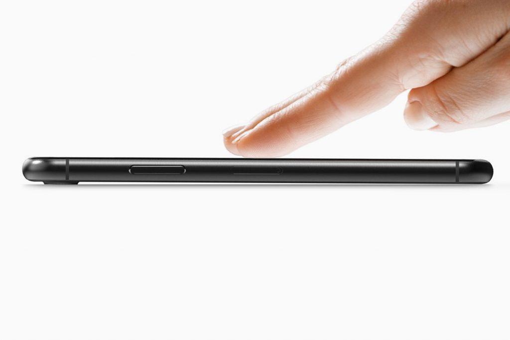 Concept: un triple capteur photo aligné horizontalement pour l'iPhone 11 6