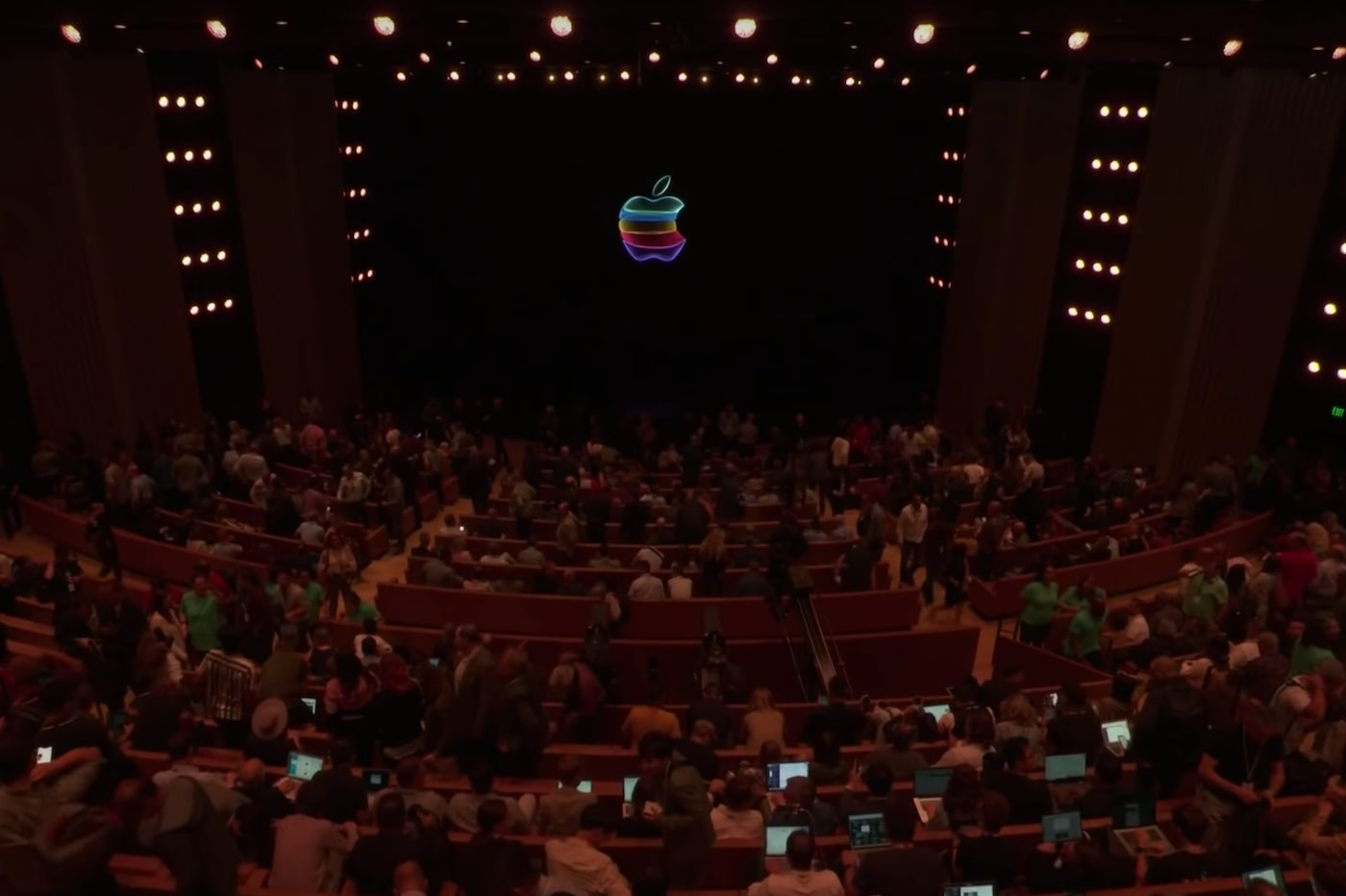 Audience Keynote Apple