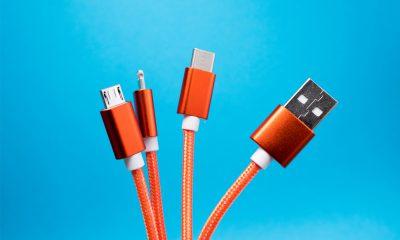 USB-C Lightning