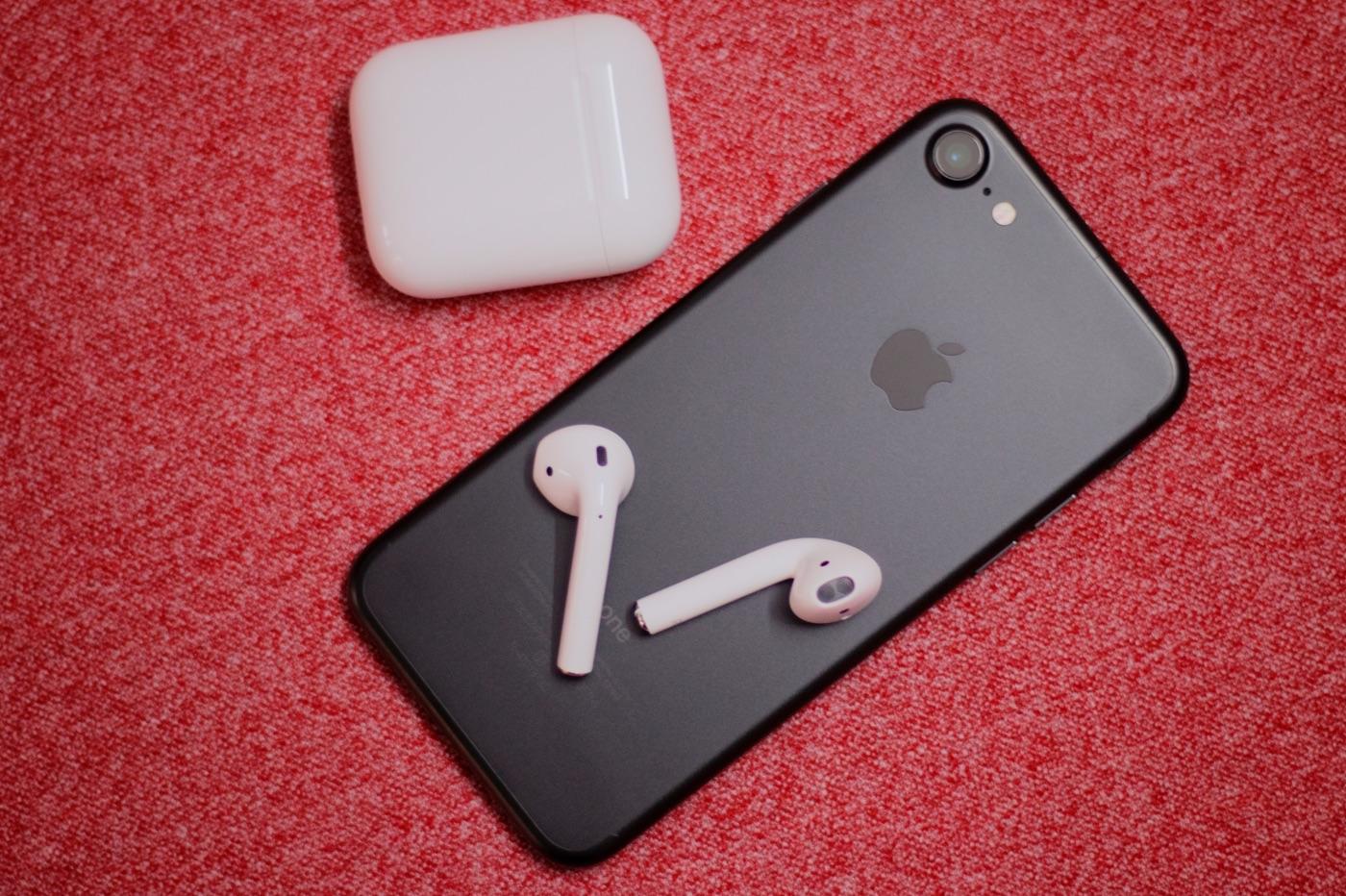 iPhone 7 et AirPods