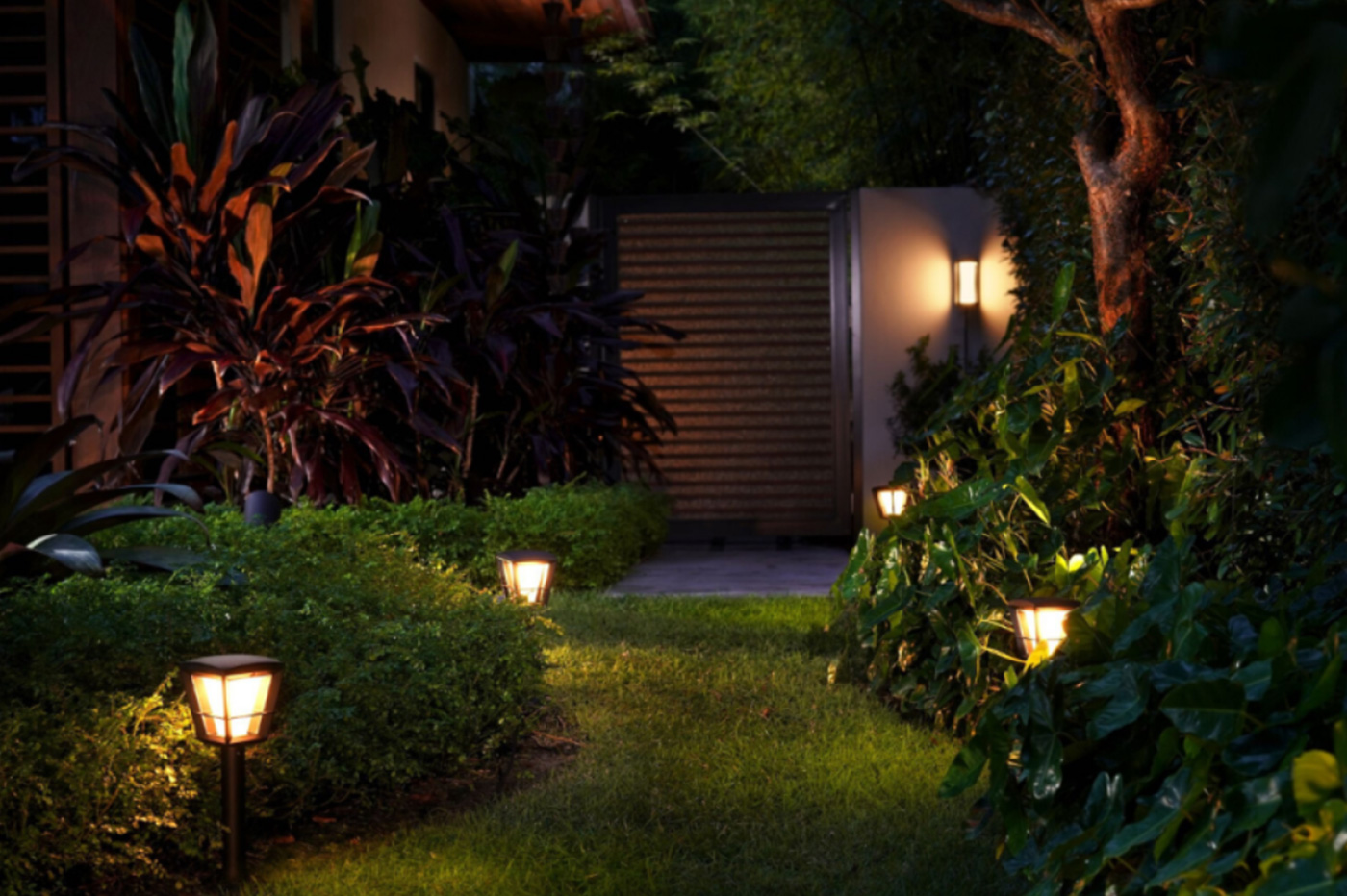 Philips Hue Outdoor 2020