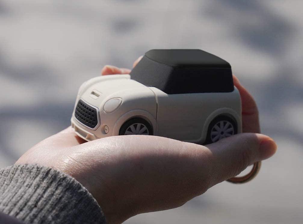Elago Mini Car boitier de protection AirPods