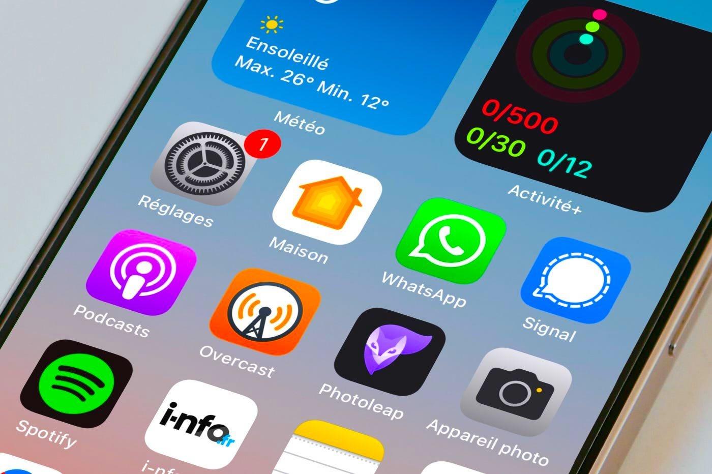 WhatsApp app iPhone