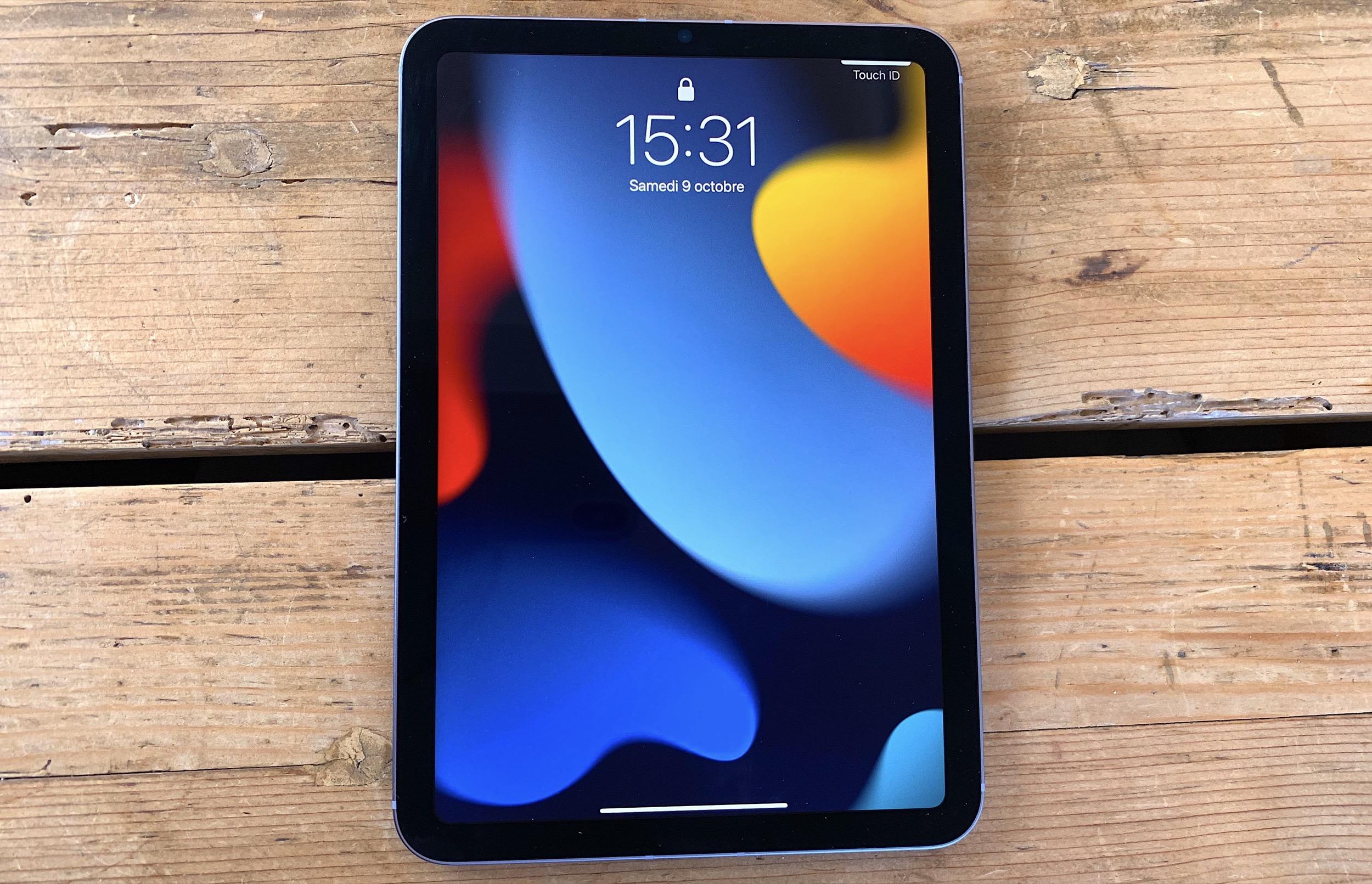 iPad mini 6 avant portrait