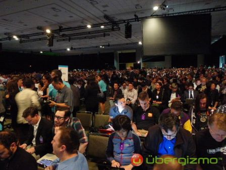 wwdc-2010-iphone-4-hd-2.jpg