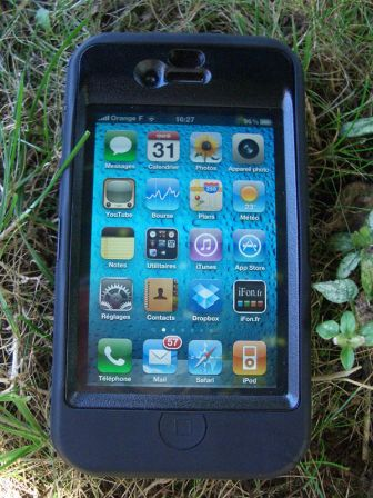 otterbox-defender-iphone-11.jpg