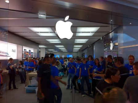 apple-store-lyon-part-dieu-9.jpg