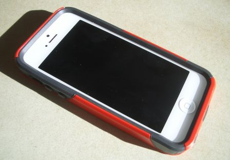 test-avis-coque-iphone-5-otterbox-commuter-6.jpg