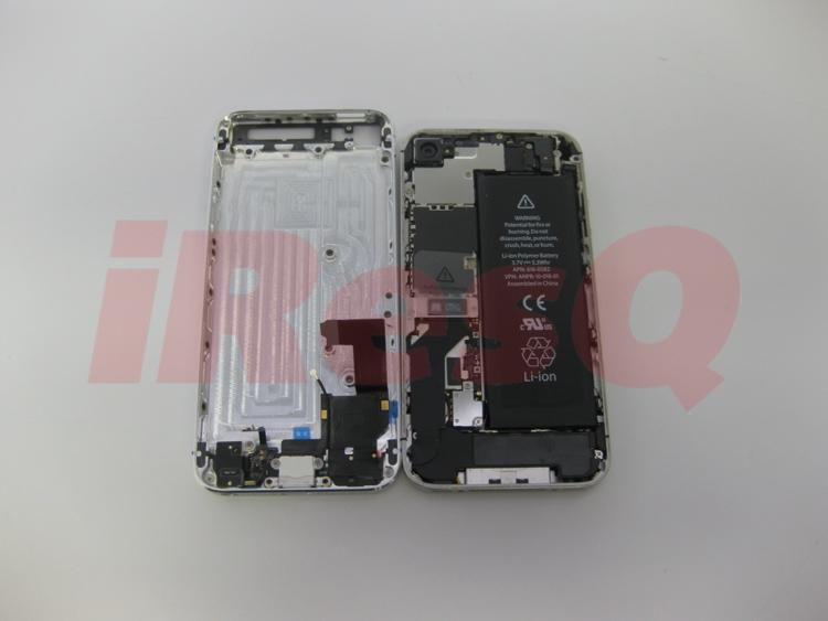 L 39 iphone 5 s 39 assemble d sormais sous nos yeux iphone for Interieur iphone