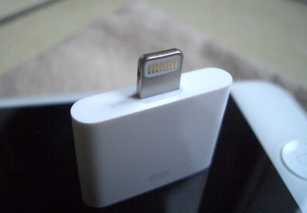test-compatibilite-adaptateur-30-broches-lightning-iphone-ipad-1.jpg