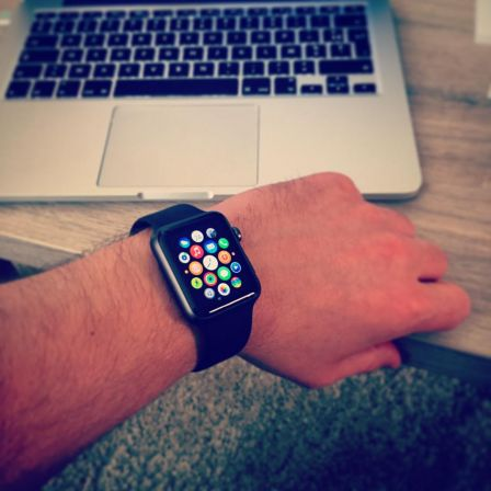 apple-watch-noire-sport.jpg