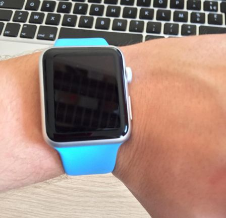 apple-watch-sport-bleu.jpg