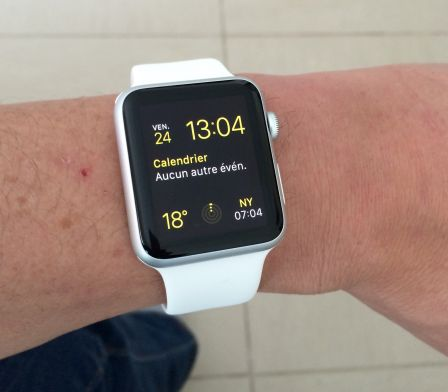 apple-watch-sport-en-blanc-2.jpg