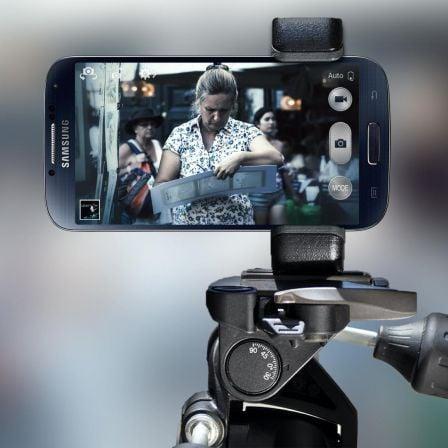 Trépied Sony support multi smartphones-2.jpg