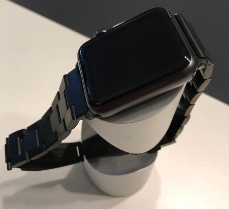 bracelet-acier-pas-cher-pour-apple-watch-gris-sideral-jetech-1.jpg