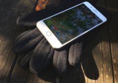 iPhone 7-et-gants.jpg