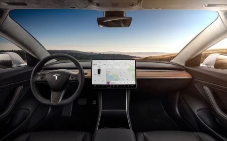 tesla-model-3-interieur.jpg