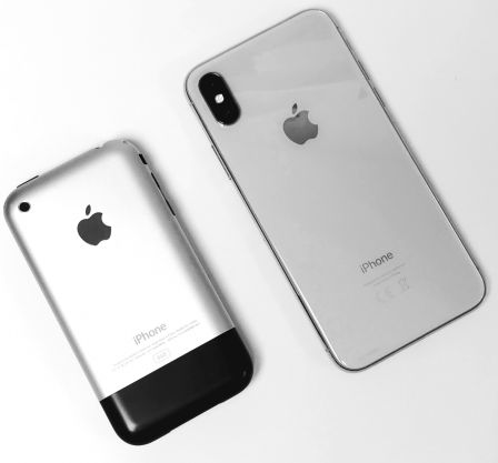iphone-X-blanc-avec-iphone-edge.jpg