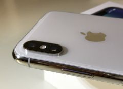 iphone-X-en-blanc-ou-noir.jpg