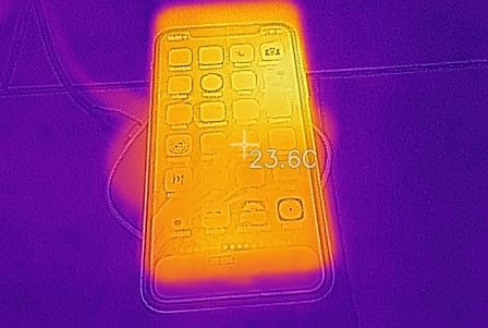 temperature-charge-qi-aukey-graphite-1.jpg