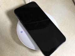 test-avis-chargeur-7-5-W-anker-qi-iphone-8.jpg