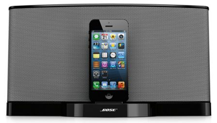bose arrive juste temps pour no l avec son sounddock iii compatible lightning iphone apps. Black Bedroom Furniture Sets. Home Design Ideas