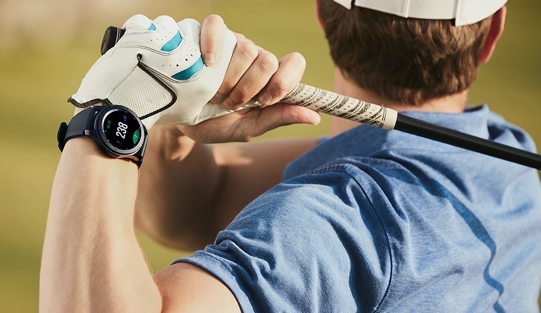samsung sort sa montre smart gear s3 compatible iphone. Black Bedroom Furniture Sets. Home Design Ideas