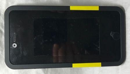 la coque utilis e par apple pour camoufler les prototypes d 39 iphone en photos iphone x 8. Black Bedroom Furniture Sets. Home Design Ideas