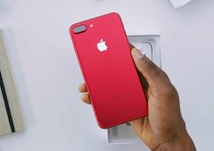iphone-product-red-en-videos-1.jpg