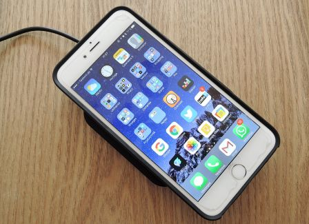 test-choetech-qi-sans-fil-recharge-iphone-11.jpg