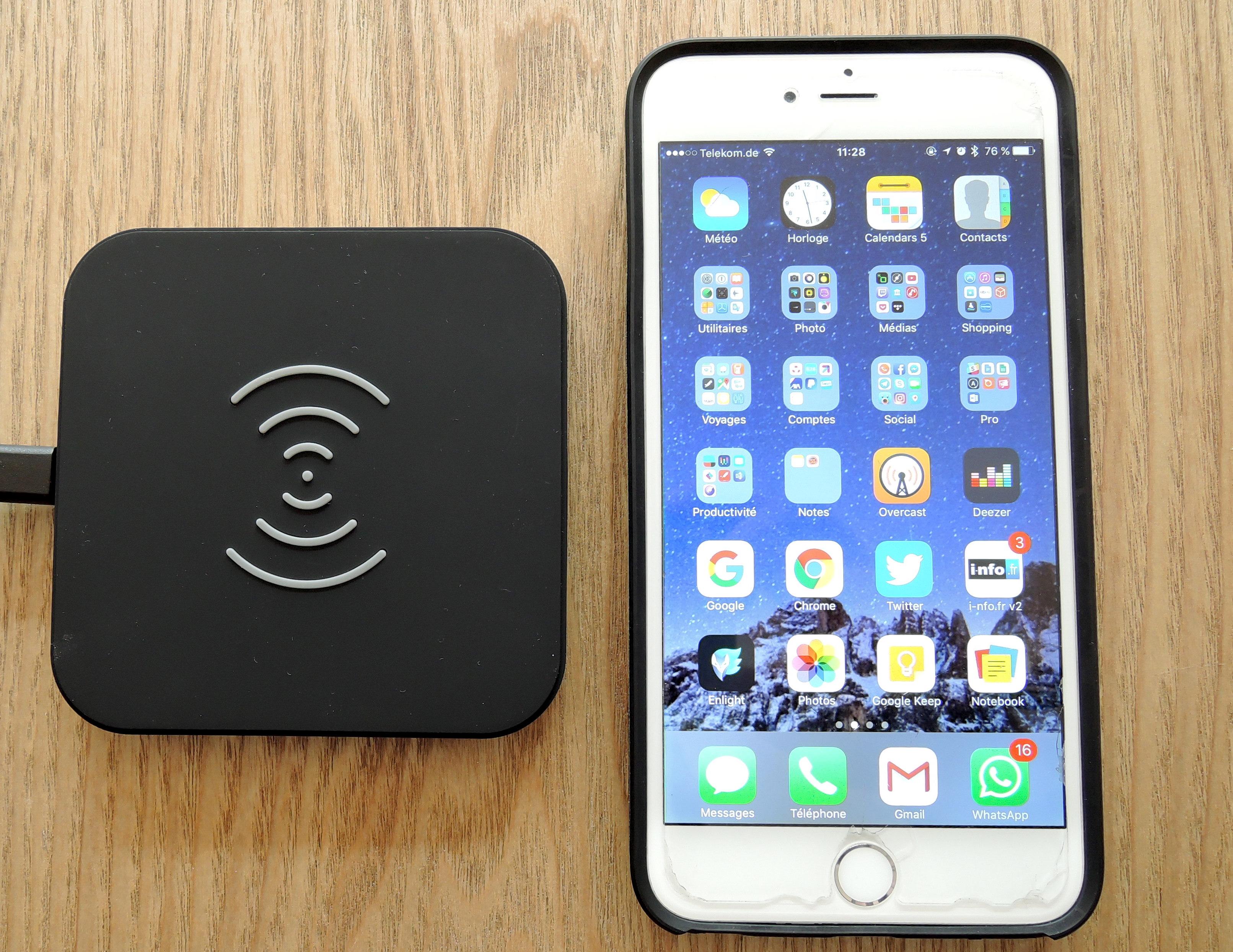 test de la recharge iphone sans fil compatible qi propos e par la marque choetech. Black Bedroom Furniture Sets. Home Design Ideas