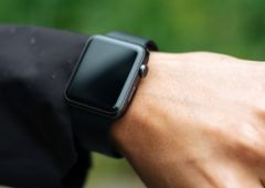 apple-watch-premiere-generation-extension-garantie-3-ans-decollement-dos-7.jpg