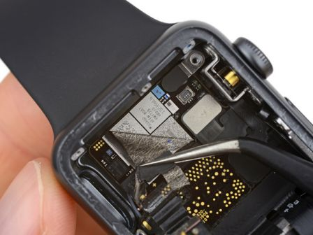 ifixit-apple-watch-series-3-puce-4g.jpg