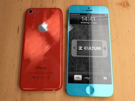 concept-rode-inch-budget-iphone-naast-blauwe-inch-iphone.jpg