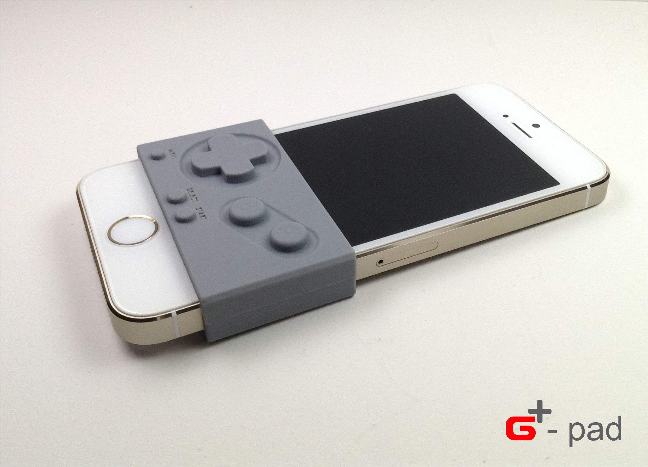 gpad transforme l 39 iphone en gameboy pour de vrai. Black Bedroom Furniture Sets. Home Design Ideas